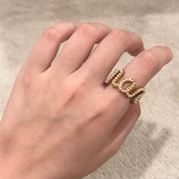 Marc by Marc jacobs pearl ring